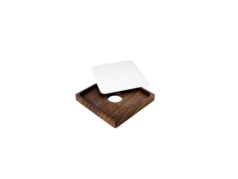 """Design Holzbrett Woodi """"Butterteller"""":   Butterteller garantiert Ihnen eine stilvolle und exklusive Präsentation."""