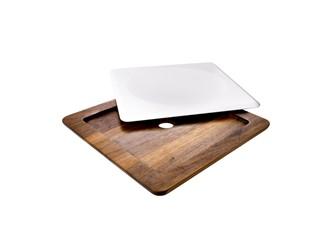 Quadrat glatt:   Die elegante LinieServierplatte-Quadrat28 x 28 x 1,5 cmmit 3 cm Holzrand