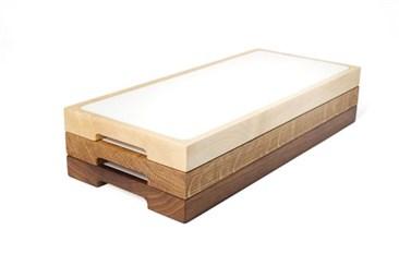 Sushi:   Indem Sie die Speisen zuerst auf der Einlageplatte anrichten und anschließen