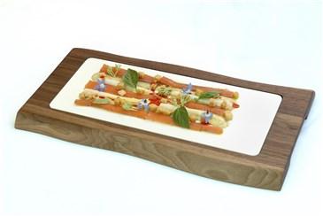 Vesper breit: Die exklusive Servierplatte-Vesper ist in den Holzsorten Eiche und Schwarznuss e